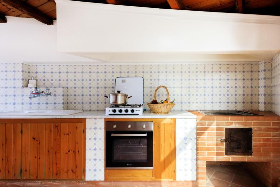 Kitchen outsided in Villa Amphora Carini Scent of Sicily
