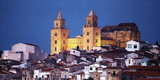 Panoramic view of Cefalù