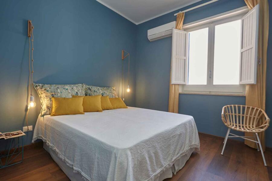 Marausa_villaMaraus-DoubleOrTwin_bedroom-mainHouse_ScentOfSicily