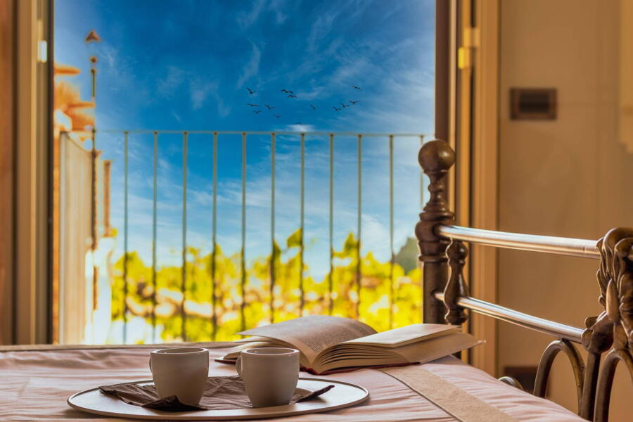 Villa-Terrace-taormina-ViewBedroom-ScentOfSicily