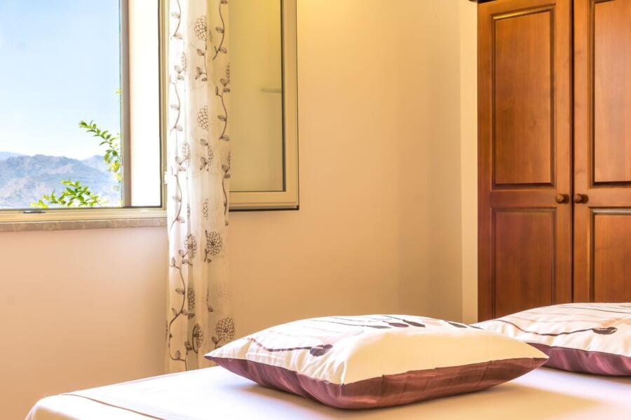 Villa-Terrace-taormina-bedroomView-ScentOfSicily