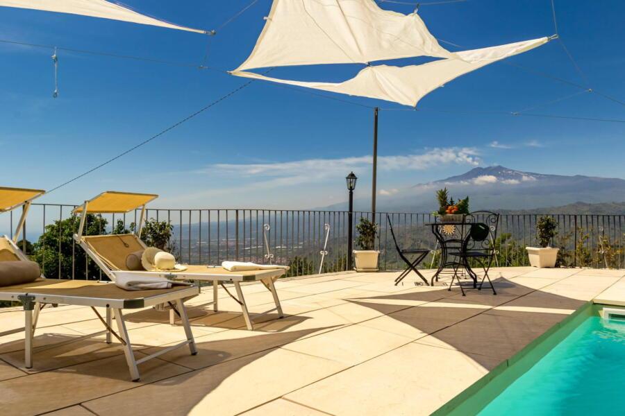 Villa-Terrace-taormina-poolArea-ScentOfSicily