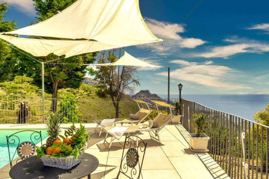 Villa-Terrace-taormina-poolTerrace-ScentOfSicily