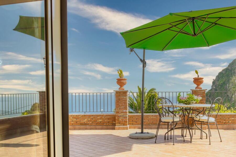 Villa-Terrace-taormina-terraceView-ScentOfSicily