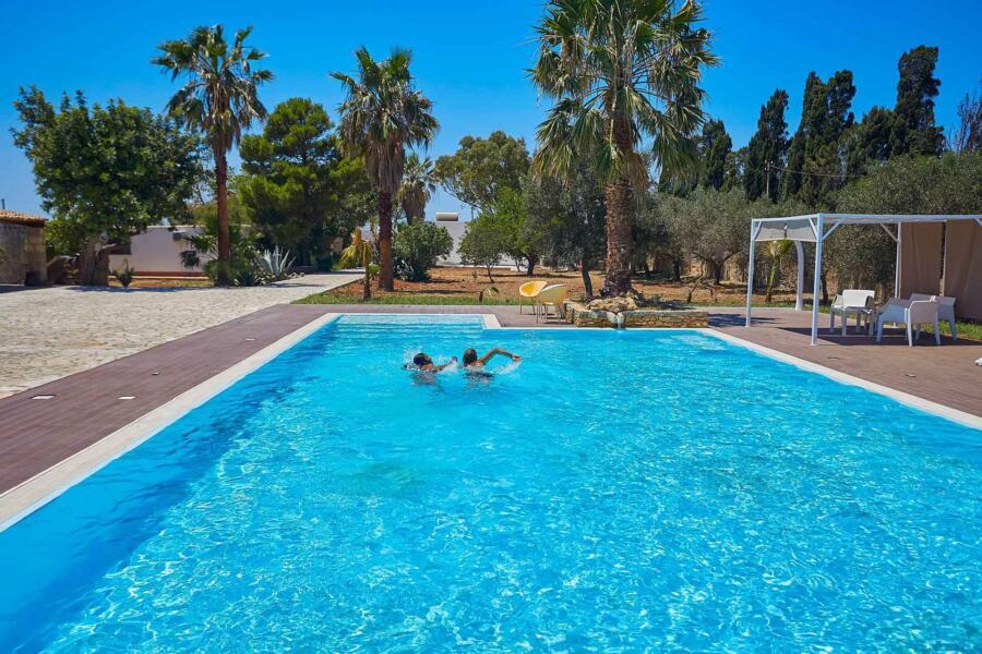Trapani_Villa_Maraus_SwimmingPool_ScentOfSicily