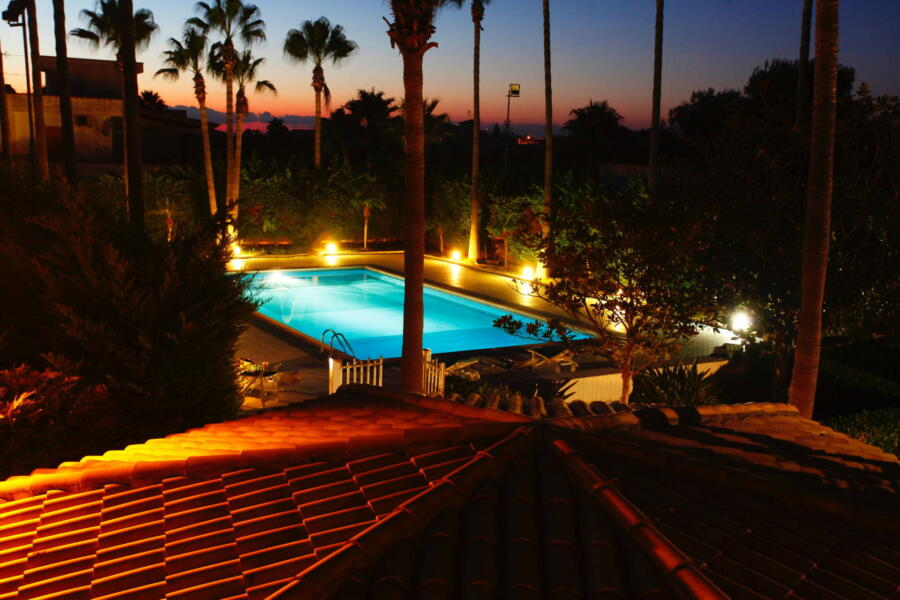 Marsala-Villa-Signorino-Evening-SwimmingPool-ScentOfSicily