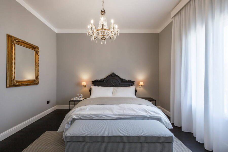 The double bedroom at the fist floor