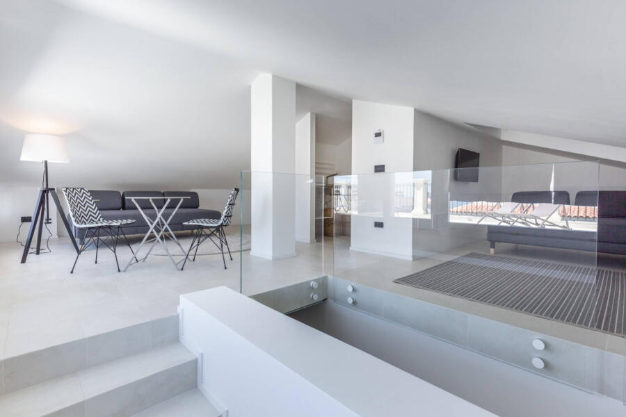 The refined loft to enjoy a private corner to relax in comfort