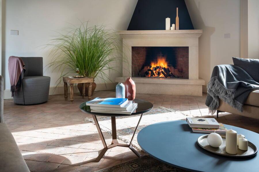 Fire place in the living room of Tenuta Villarte