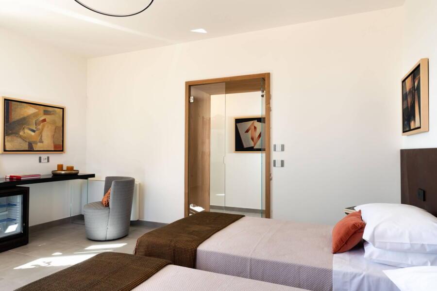 The twin room en-suite