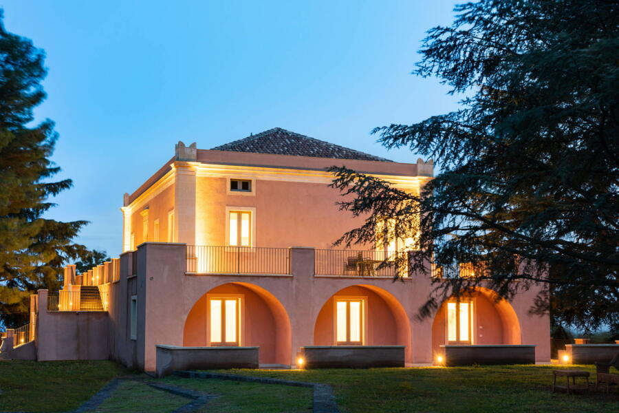 Luxury Tenuta Villarte in the evening