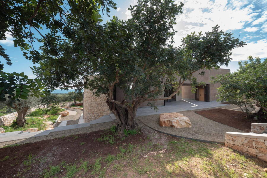 The nature of the sought-after garden integrates with the elements and structure of the villa