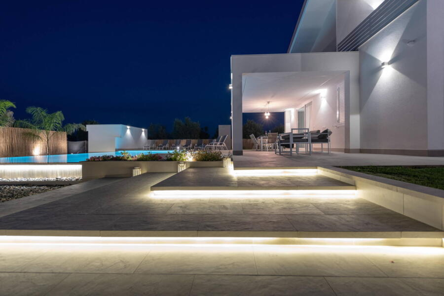 The fascinating illuminated exterior staircase