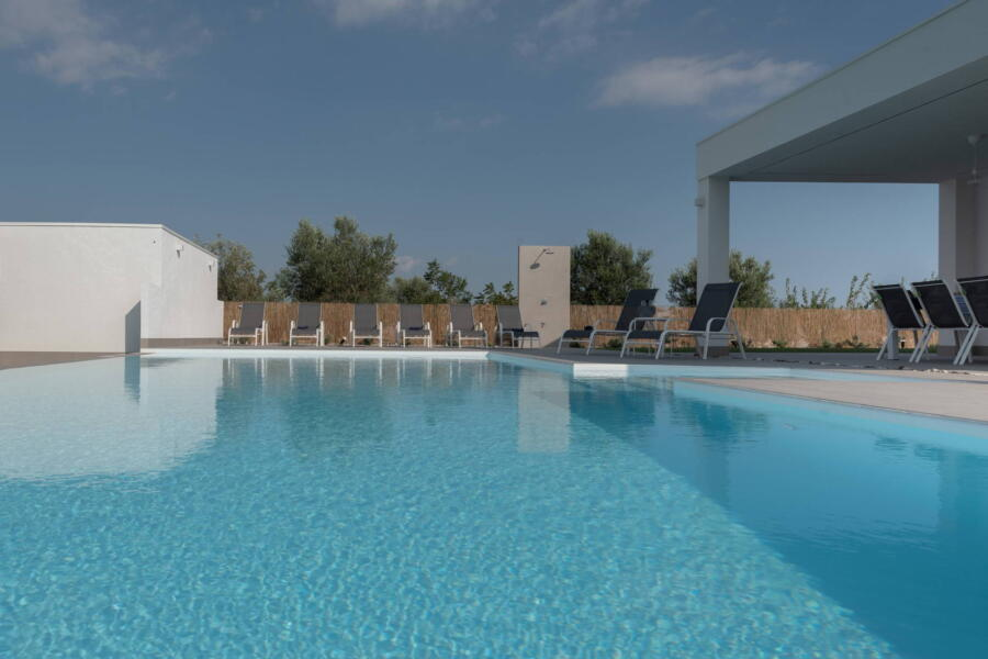 Welcome to Villa Sea Air, where the blue of the sea and the pool are one and the same.