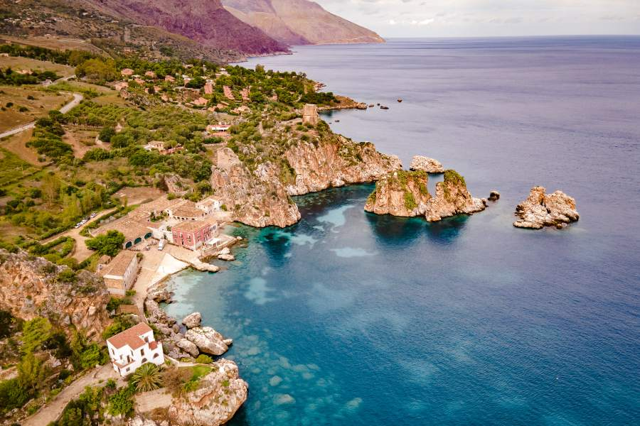 last-minute-villa-con-piscina-sicilia-spiaggia-scopello