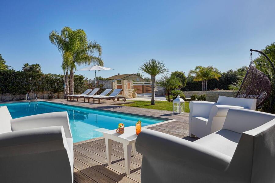 The relax area in Villa Levante in the solarium