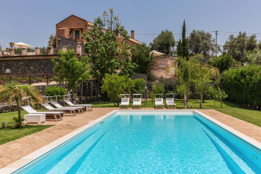 Villa Palms, Acireale Eastern Sicily - Scent Of Sicily